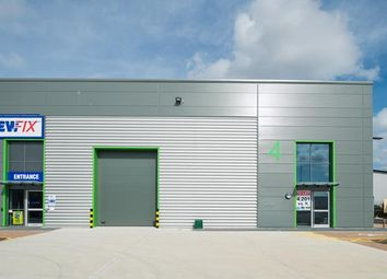 Thumbnail Light industrial to let in Unit 4, Chelmsford Trade Park, Westway, Chelmsford, Essex