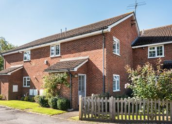 2 bed flat for sale in Station Road, Lingfield RH7