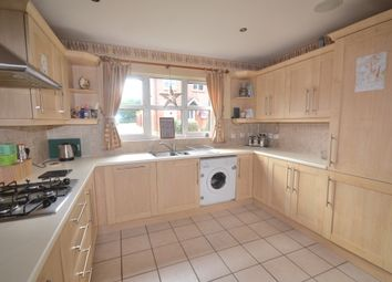 Thumbnail 4 bed detached house to rent in Meadowside, Off Woodside Road, Watford