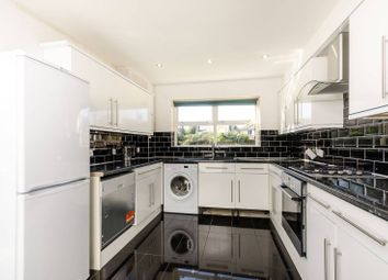 Thumbnail 4 bed property to rent in Victoria Mews, Earlsfield