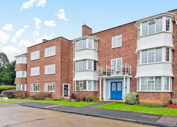 Thumbnail 2 bedroom flat for sale in Giggs Hill Gardens, Thames Ditton