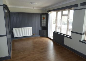 Thumbnail 3 bedroom flat to rent in Hillcrest Parade, Coulsdon
