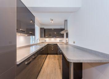 3 bed flat to rent in Temple Market, Queens Road, Weybridge KT13