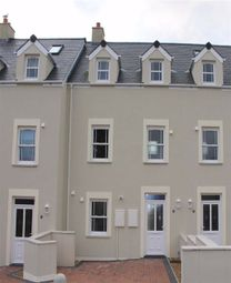 3 bed town house for sale in St. Anne's Road, Spikes Lane, Milford Haven SA73