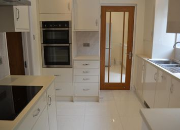 Thumbnail 3 bed property to rent in Northmead, Redhill