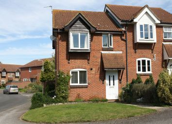 Astley Road, Thame OX9. 3 bed semi-detached house