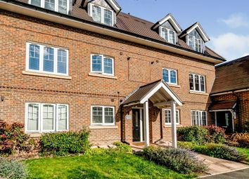 Thumbnail Flat for sale in North Town Road, Maidenhead