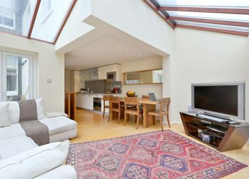 Thumbnail 2 bedroom flat for sale in Shelburne Road, London