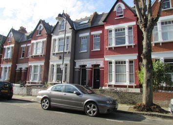 Thumbnail 1 bed flat to rent in Gladsmuir Road, London