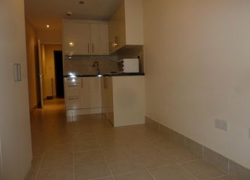 Thumbnail 1 bed flat to rent in Lydford Road, Mapesbury, London