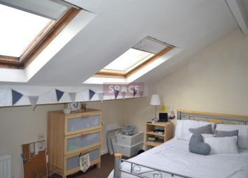 Thumbnail 7 bed terraced house to rent in Belle Vue Road, Leeds