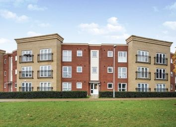 2 bed flat to rent in Broadhurst Place, Basildon SS14