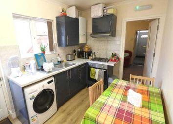 Thumbnail 1 bedroom flat to rent in Gosbrook Road, Caversham, Reading, Berkshire