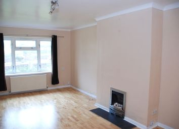 Thumbnail 3 bed flat to rent in Hawthorn Close, Hooe, Plymouth