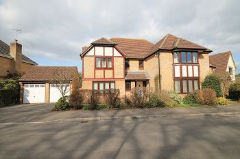 Thumbnail 5 bed detached house to rent in Haygrove Close, Warminster