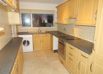2 bed maisonette to rent in Furze Close, Southampton SO19