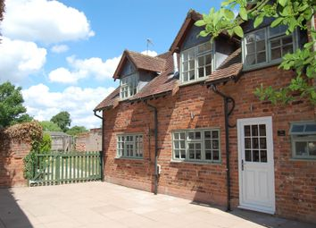2 bed cottage to rent in High Street, Alcester B49