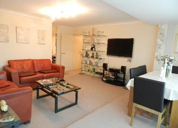 Thumbnail 2 bed flat to rent in Culvert Road, London