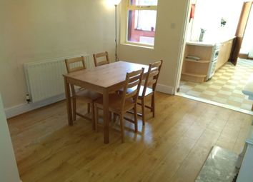 Thumbnail Room to rent in Victoria Street (Room, Burton Upon Trent, Staffordshire