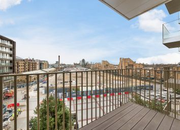 2 bed flat for sale in Admiral Wharf, London Dock E1W