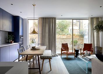 Thumbnail 2 bed flat for sale in Rosemoor Street, Chelsea, London