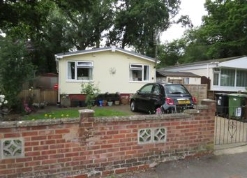 2 bed mobile/park home for sale in Pebble Hill, Radley, Abingdon OX14