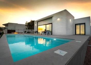 Thumbnail 3 bed villa for sale in Las Colinas Golf, Alicante, Valencia