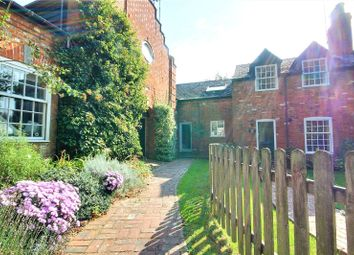 2 bed barn conversion for sale in The Brookmill, Reading RG1