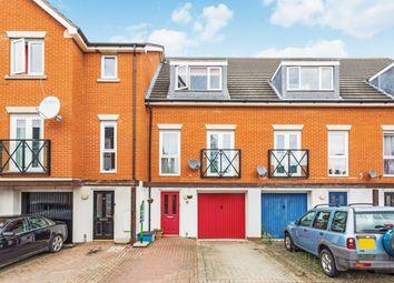 Glandford Way, Chadwell Heath, Romford RM6. 3 bed terraced house