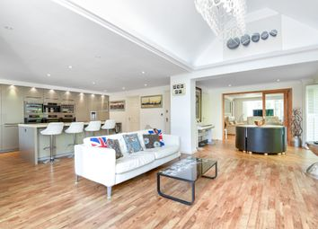 Thumbnail 6 bedroom detached house for sale in Wood End, Chineham, Basingstoke, Hampshire