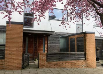 Thumbnail 2 bedroom maisonette for sale in Petersfield Green, Milton Keynes