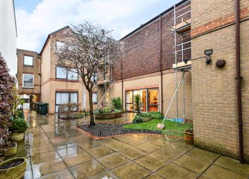 Thumbnail 1 bed flat for sale in Lychgate Court, Friern Park, London N12,