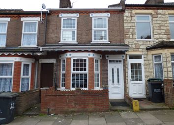 Thumbnail 4 bed terraced house to rent in Lyndhurst Road, Luton, Bedfordshire