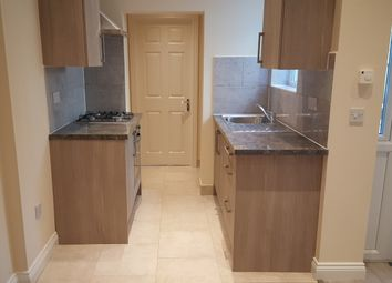 Thumbnail 1 bed flat to rent in Mansfield Road, Walthamstow