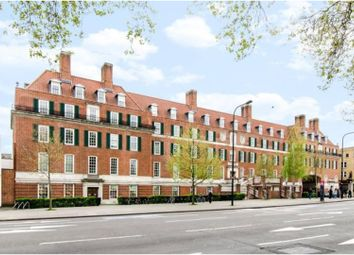 Thumbnail 2 bed flat for sale in Clapham Common South Side, Clapham