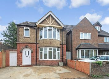 Thumbnail 4 bedroom detached house for sale in Memorial Road, Leagrave, Luton