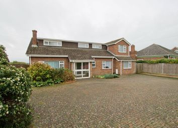 Thumbnail 3 bed detached house to rent in Common Lane, Titchfield, Fareham