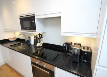 Thumbnail 1 bedroom flat to rent in High Street, Croydon