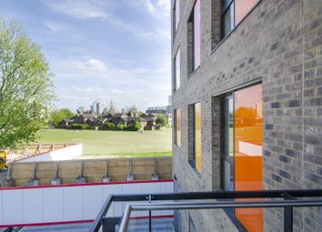Thumbnail 2 bedroom flat for sale in Boathouse Apartments, Poplar