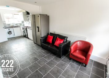 Thumbnail Room to rent in Aspinall Close, Fearnhead, Warrington