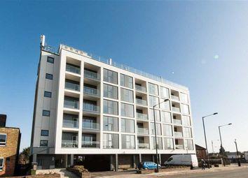 Thumbnail 2 bedroom flat to rent in East Barnet Road, New Barnet, Barnet