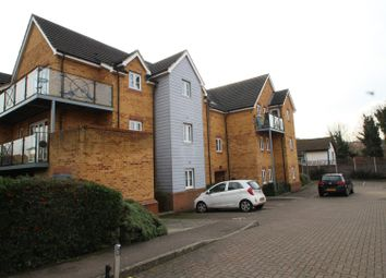 Thumbnail 2 bed flat to rent in Willow Court, Ebberns Road, Hemel Hempstead