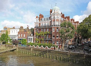 Thumbnail 2 bed flat to rent in Hammersmith Bridge Road, London