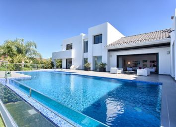 Thumbnail 5 bed villa for sale in Benahavis, Costa Del Sol, Spain