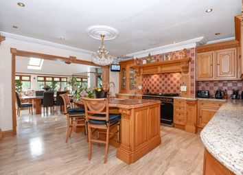Thumbnail 7 bedroom property to rent in Spareleaze Hill, Loughton