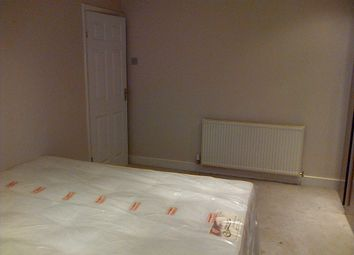 Thumbnail 2 bedroom shared accommodation to rent in Woodford Green Road, Hall Green