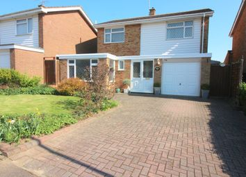 Thumbnail 4 bedroom detached house for sale in Brompton Close, Luton