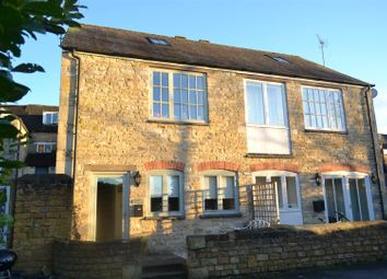 Thumbnail 3 bed cottage for sale in West Street, Chipping Norton