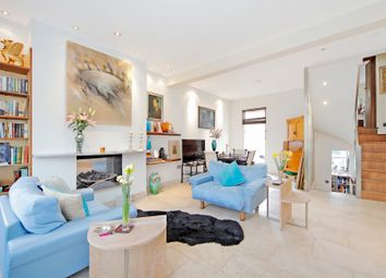 Thumbnail 3 bed flat for sale in Kings Road, London