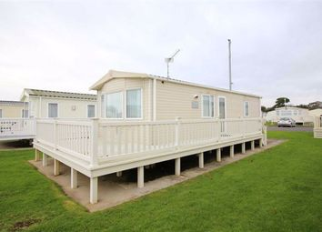 2 bed mobile/park home for sale in Hoburne Naish, Barton On Sea BH25